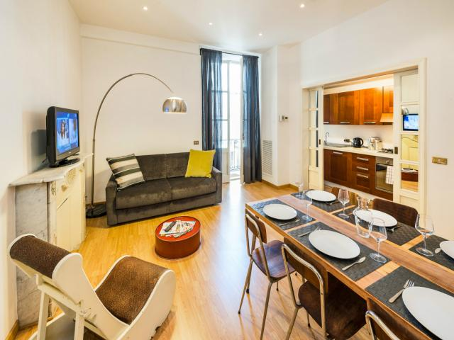 Cavour Colosseum 3 Bedroom Apartment Rome